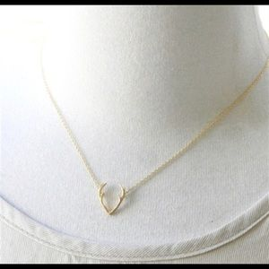 Jewelry - Dainty gold antler necklace